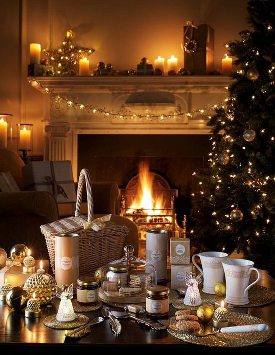 dining-room-christmas-decorations-13