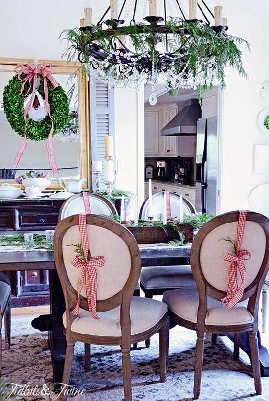 dining-room-christmas-decorations-16