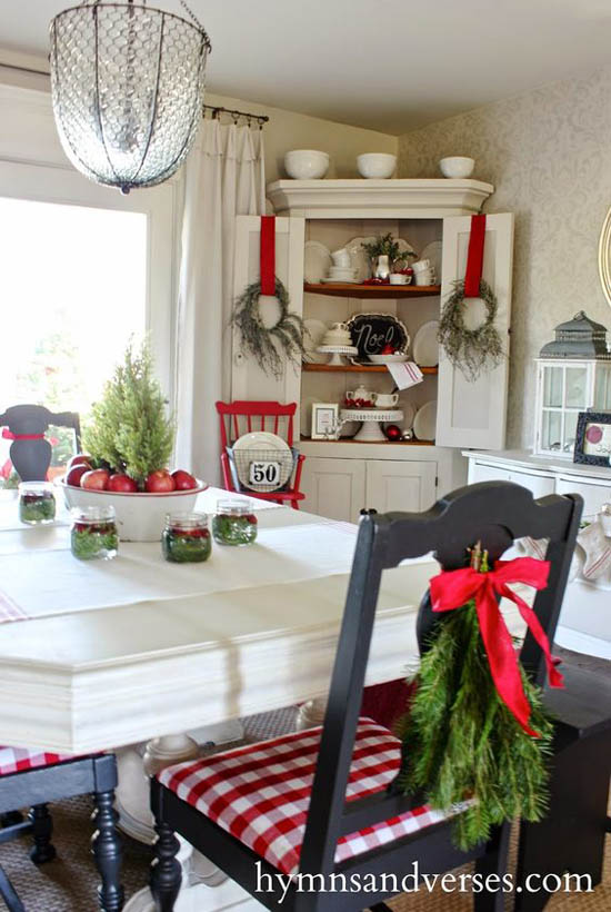 dining-room-christmas-decorations-3