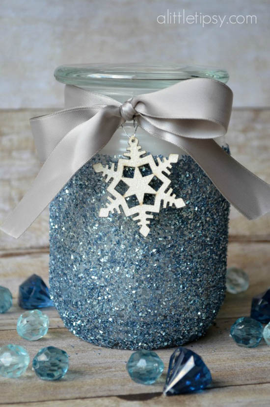 mason-jar-christmas-decorations-9