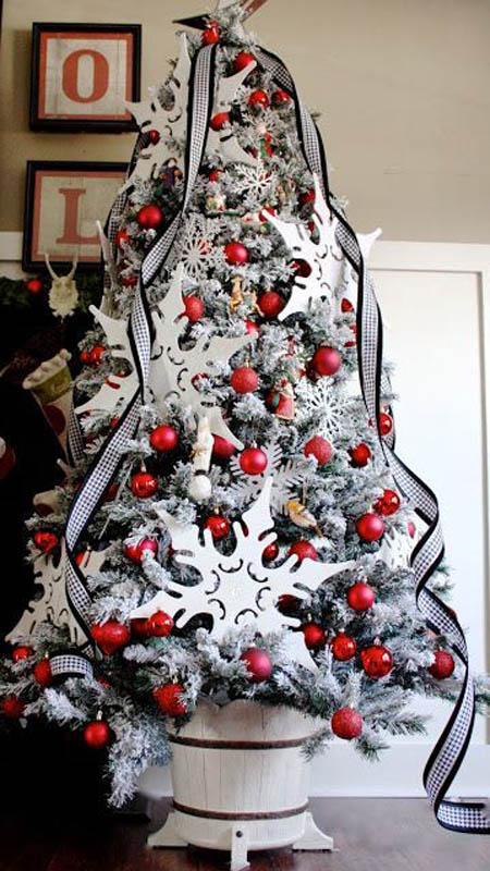 most-beautiful-christmas-trees-23