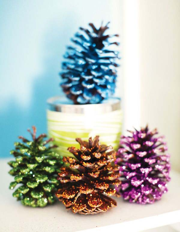 pinecone-christmas-decorations-11 - Christmas Decorating With Pinecones - All About Christmas