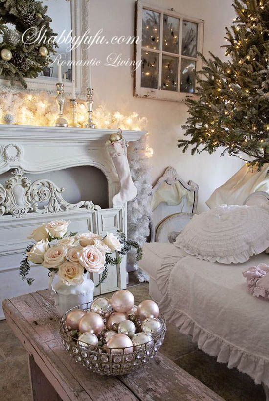 shabby chic christmas decorating ideas pictures to pin on. Black Bedroom Furniture Sets. Home Design Ideas