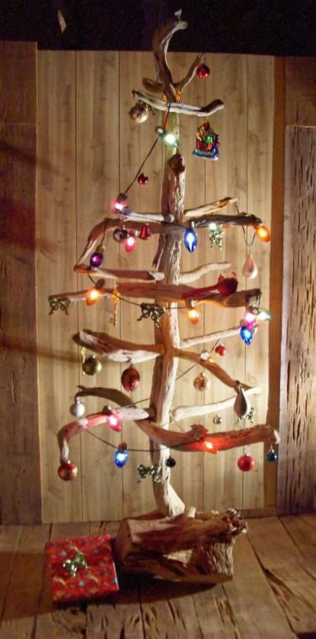 40 most clever and unique christmas trees all about for Different xmas decorations