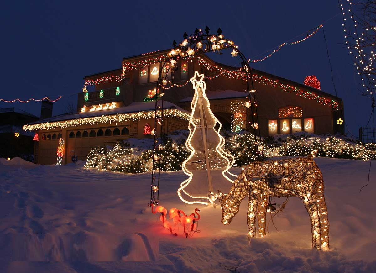 10 & 40 Outdoor Christmas Lights Decorating Ideas u2013 All About Christmas