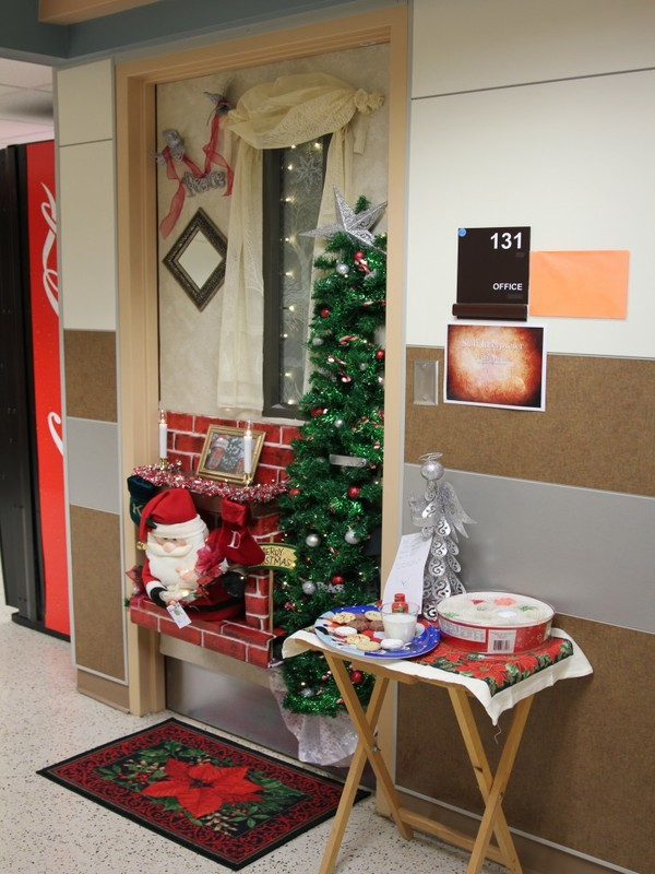 10 - Office Christmas Decorating Contest
