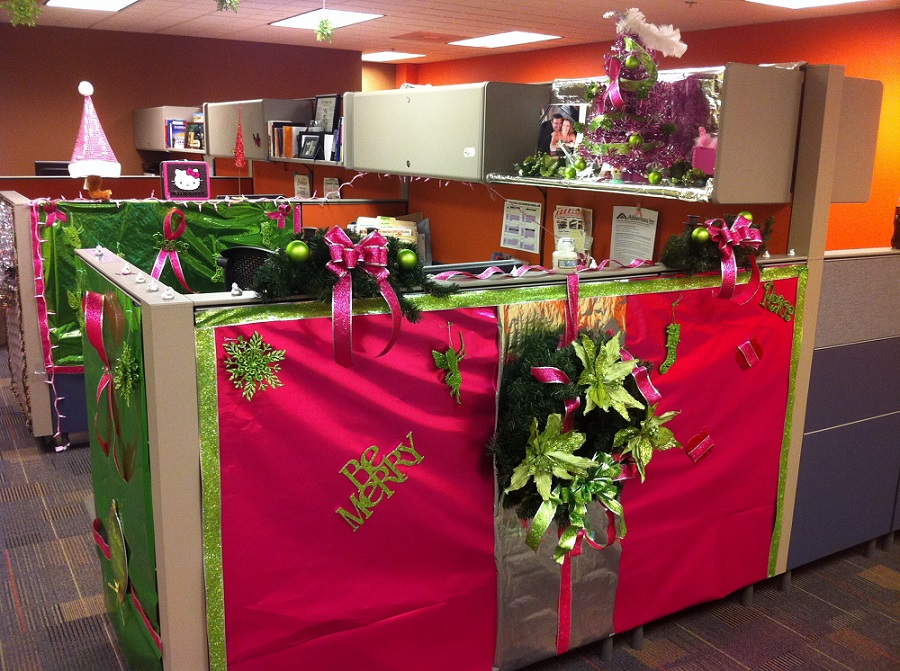 Strange 40 Office Christmas Decorating Ideas All About Christmas Largest Home Design Picture Inspirations Pitcheantrous