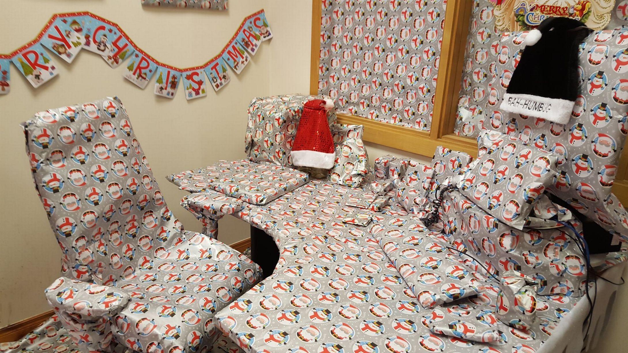 Christmas Desk Decoration Ideas