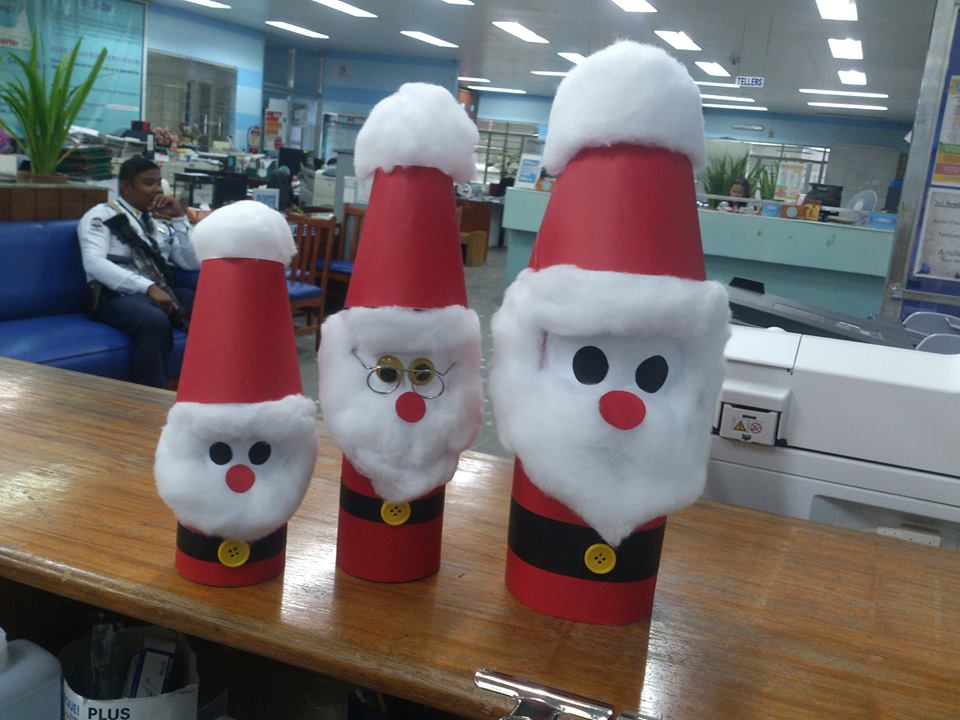 3 - Simple Office Christmas Decoration Ideas