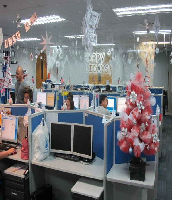 8 - Office Desk Christmas Decorations
