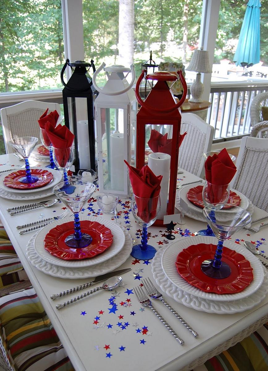 attractive-christmas-table-decorations