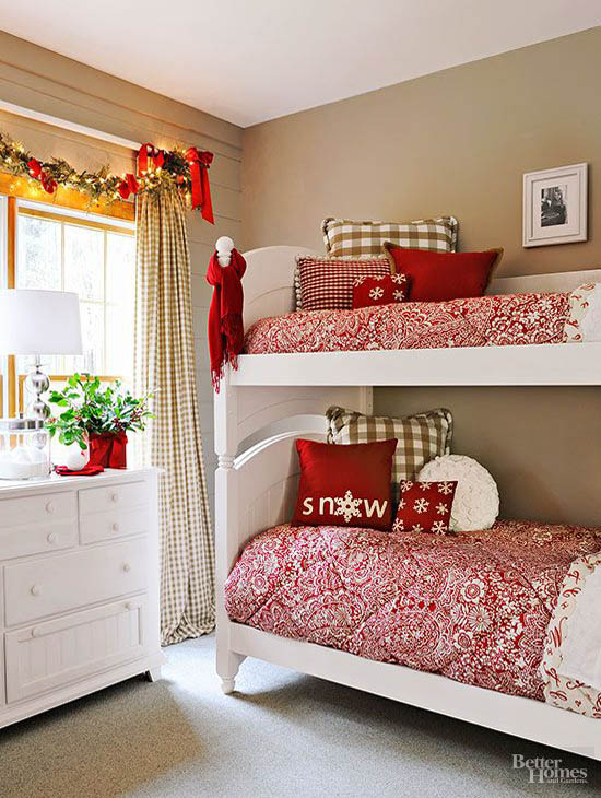 christmas bedroom decorating ideas 13 - Christmas Bedroom Decor Ideas