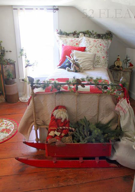 christmas-bedroom-decorating-ideas-24
