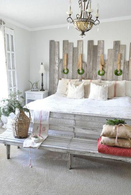 christmas-bedroom-decorating-ideas-25