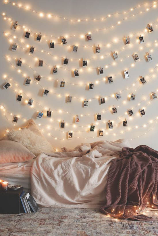 christmas-bedroom-decorating-ideas-35