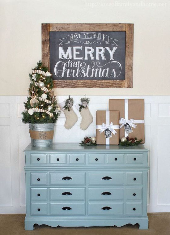 Holiday Decorating Ideas For Small Spaces Part - 22: Christmas-decorating-for-small-space-1