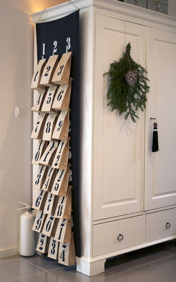 christmas-decorating-for-small-space-22