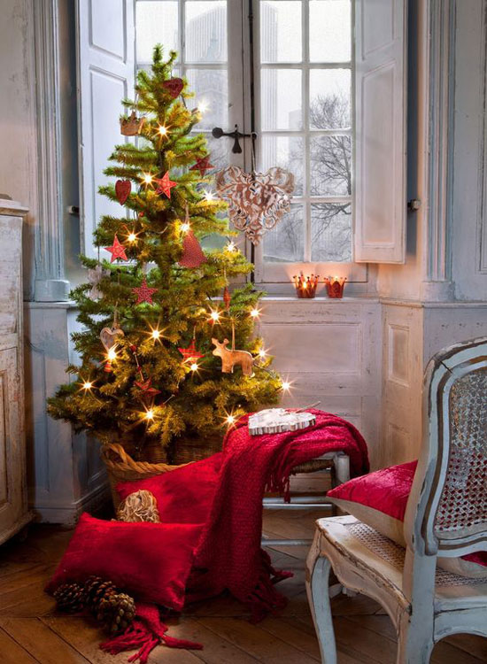 christmas-decorating-for-small-space-30