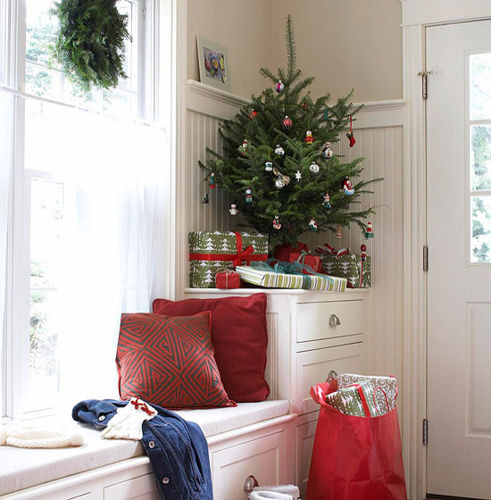 christmas-decorating-for-small-space-34