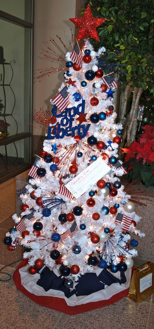 White Christmas Tree With Blue And Red Decorations Www
