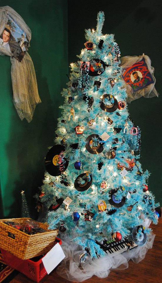 30 Creative Christmas Tree Theme Ideas All About Christmas