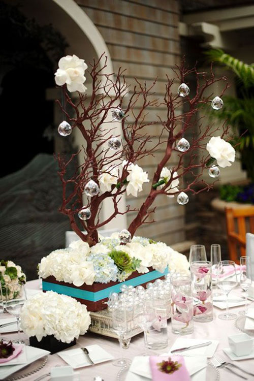 christmas-wedding-centerpieces-8