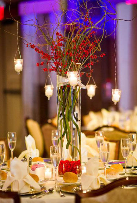 40 stunning christmas wedding decoration ideas all about christmas christmas wedding decoration ideas 13 junglespirit Image collections