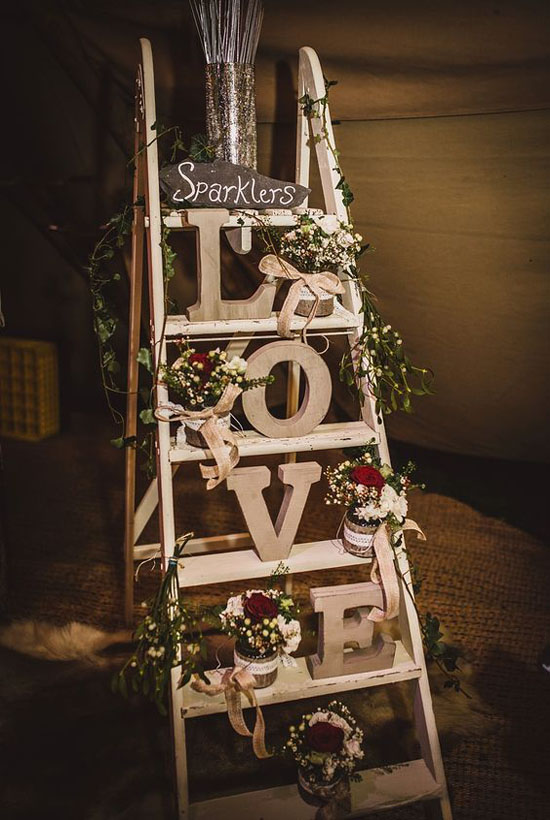 christmas-wedding-decoration-ideas-34