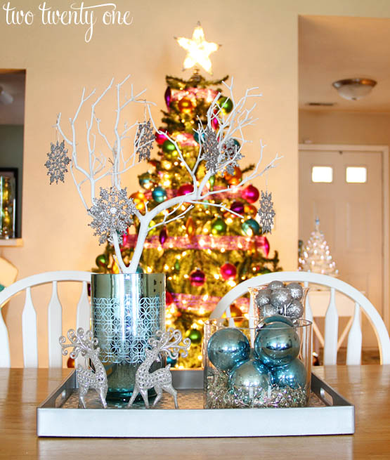 easy-christmas-centerpiece-4