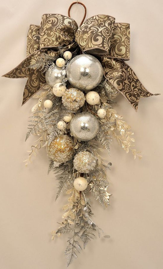 gold-christmas-decorations-15