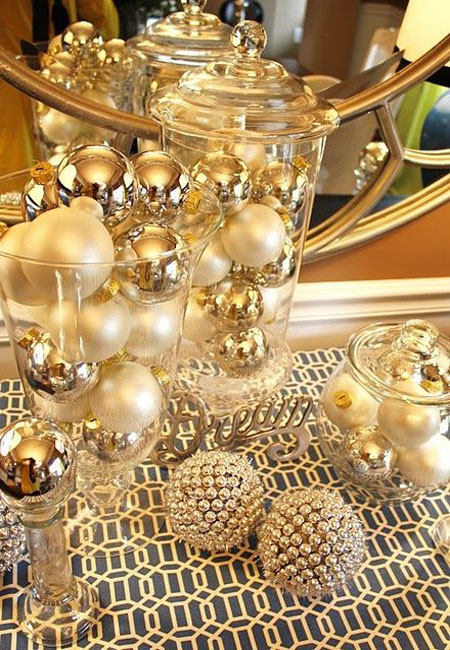 gold christmas decorations 2