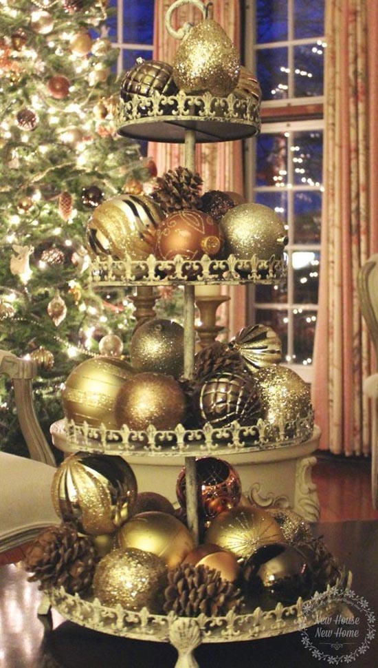 gold-christmas-decorations-28