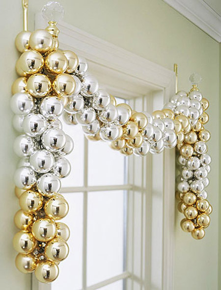 gold-christmas-decorations-8