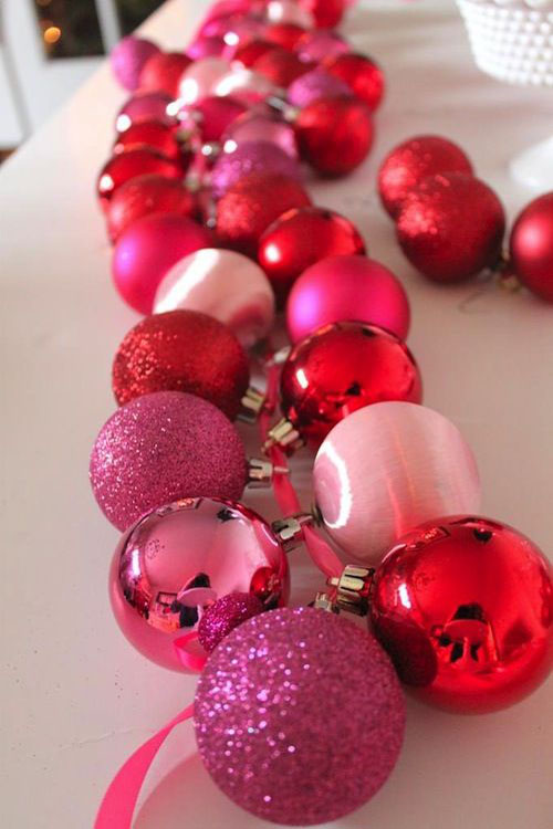 pink christmas decorations 33