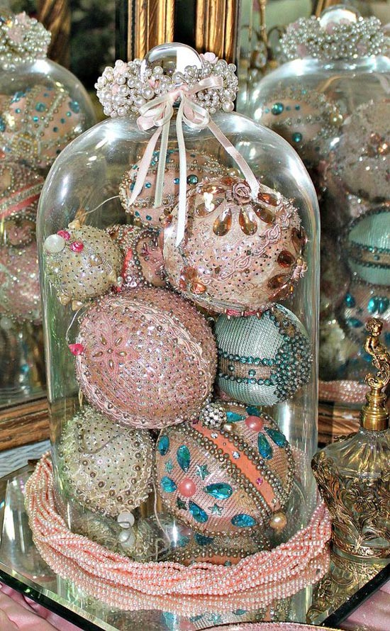 pink-christmas-decorations-34