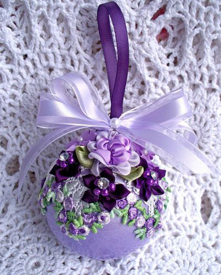 Christmas Decorations In Purple: 35 Breathtaking Purple Christmas Decorations Ideas