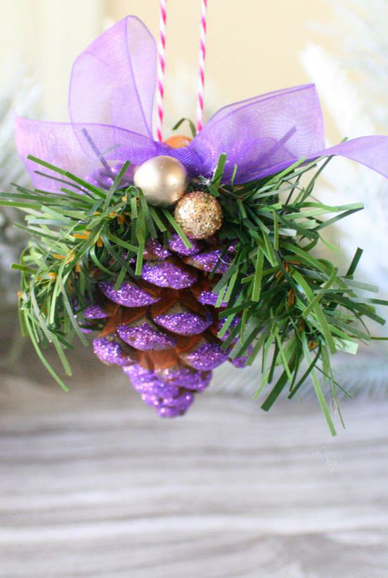 purple-christmas-decorations-21 - 35 Breathtaking Purple Christmas Decorations Ideas - All About Christmas