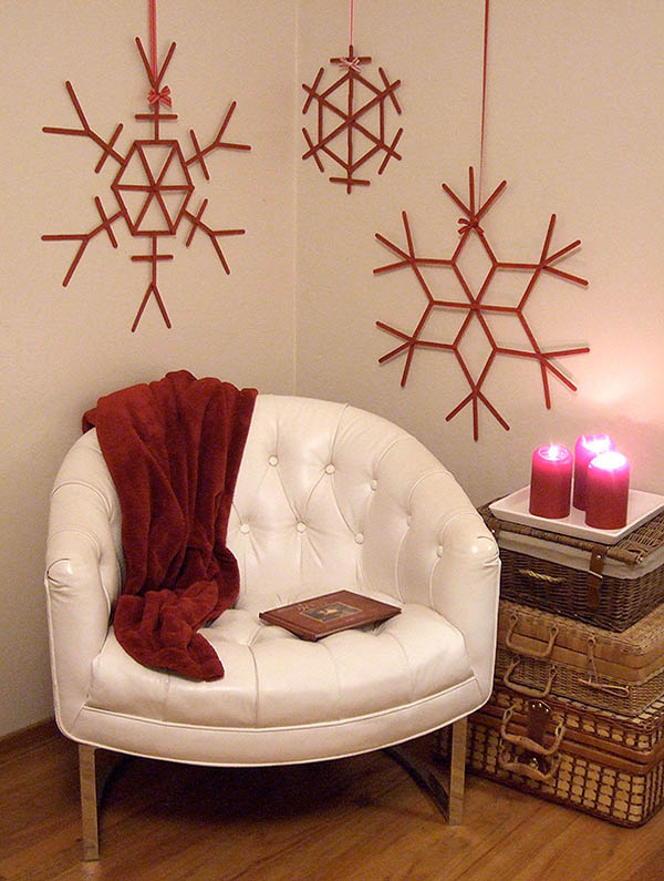 red-white-christmas-decorations-10