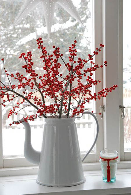 red-white-christmas-decorations-11