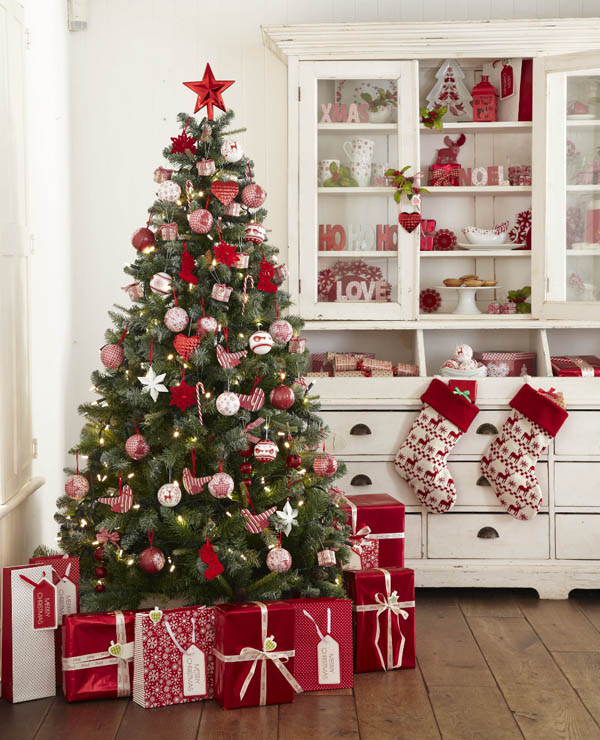 40+ red and white christmas decorating ideas - all about christmas