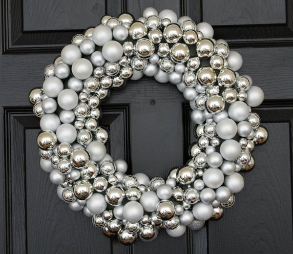 silver-christmas-decorations-12