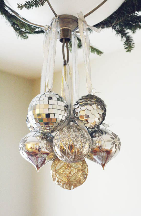 silver-christmas-decorations-34