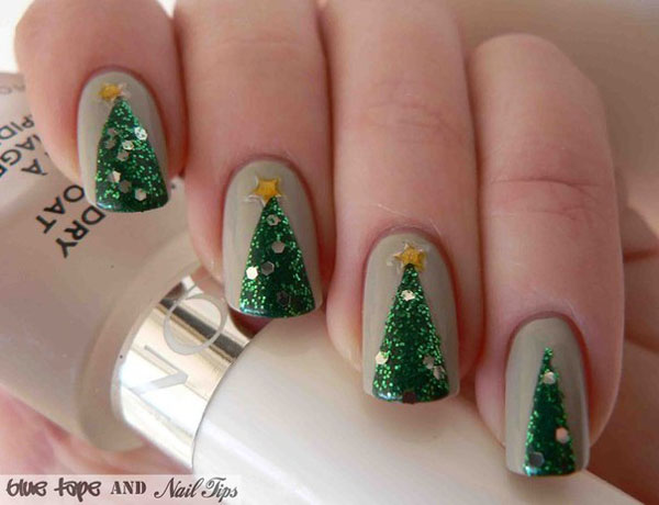 simple-christmas-nail-designs-11