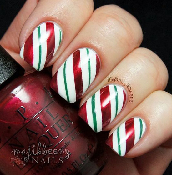 simple-christmas-nail-designs-15 - Simple Christmas Nail Art Designs - All About Christmas