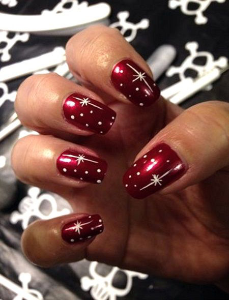 simple-christmas-nail-designs-21