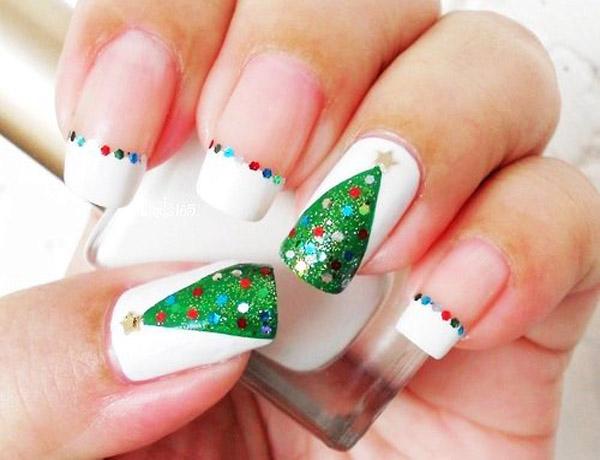 simple-christmas-nail-designs-30