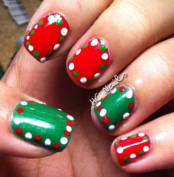 simple-christmas-nail-designs-34