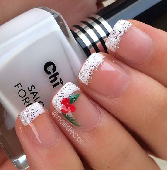 Simple Christmas Nail Designs 5
