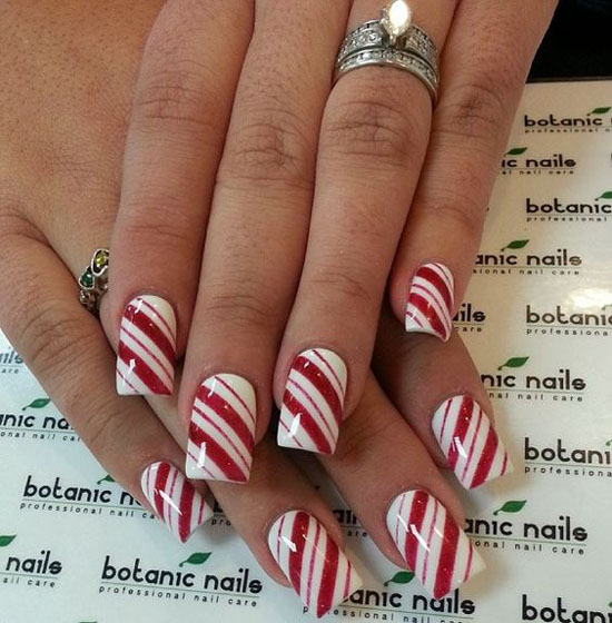 simple-christmas-nail-designs-6 - Simple Christmas Nail Art Designs - All About Christmas
