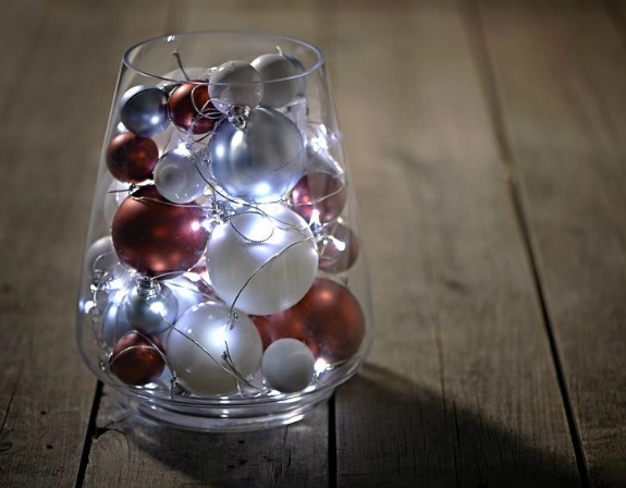 10 source this christmas turn your glass vases - How To Decorate Glass Vases For Christmas